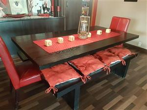 8 seater dining room set.