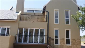Beautiful Double Story 4 Bedroom  House  to rent in Culinan