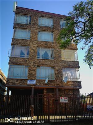 1.5 BDR Flat Pretoria West - 3 months contract