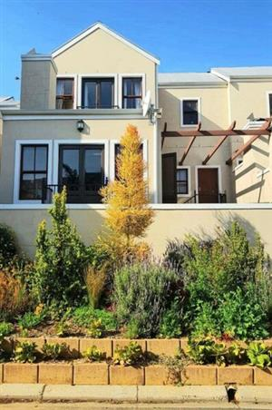 Beautiful house share 4km from Stellenbosch Central