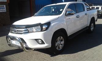 2017 Toyota Hilux 2.4GD 6 double cab 4x4 SRX