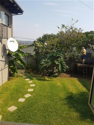 Sophiatown garden flat to rent near universities