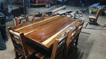 8sit plek tafel met stoele R7800 Sleeper hout