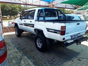 1989 Toyota Hilux double cab HILUX 4.0 V6 RAIDER 4X4 A/T P/U D/C