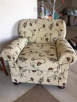 2 chairs in very good condition