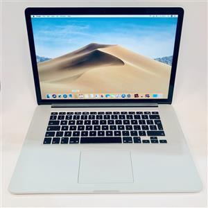 Apple MacBook Pro 15-inch 2.5GHz Quad-Core i7 (Retina, 500GB, Silver) - Pre Owned