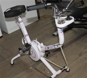 Exercise bike S032303A #Rosettenvillepawnshop