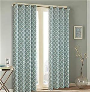 Free curtains