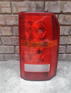 Land Rover Discovery 3 Tail Light | Auto Ezi
