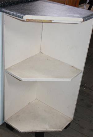 S035035A White corner unit #Rosettenvillepawnshop