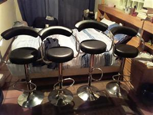 Good as new bar stools