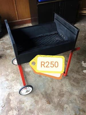 Braaier with wheels for sale