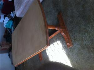 Dining Room Table (Extendable)