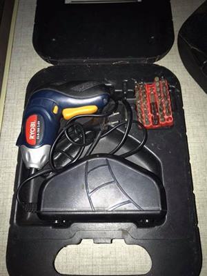 Electronic screwdriver ryobi