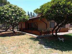 Groot ou huis in Wolmer, Pretoria Noord te huur