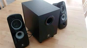 Logitech 2.1 speakers with sub woofers with 3.5mm jack aux audio for sale  Johannesburg - Randburg