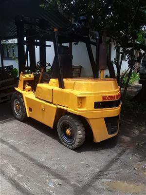 Komatsu 5 Ton Forklift