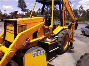 CAT 428 series 2 TLB