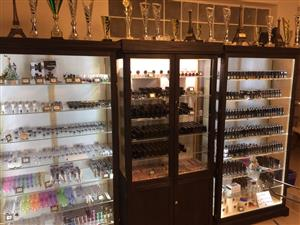 "Vertoon Kaste / ""Display Cabinets. -  ""Glass Display cabinets Custom made, Dust Proof! - Best Prices."