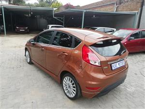 2016 Ford Fiesta 1.6i 5 door Ambiente automatic