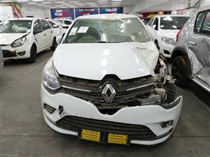 2017 Renault Clio 1.4 Expression 3 door Accident Damaged