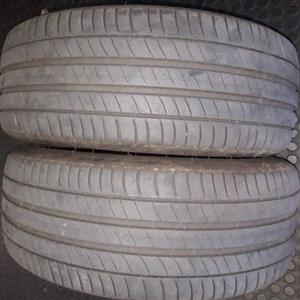 245/45R19 and 275/40R19