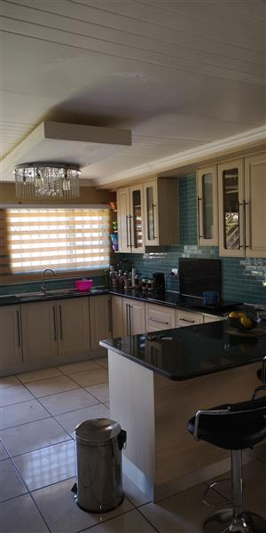 Modern house to let-Klippoortje Enclosure, Boksburg