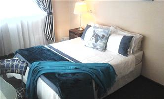 Large Sunny fully furnished room in Boston Bellville