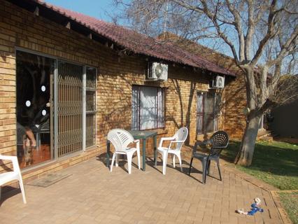 House for sale in Bo dorp!