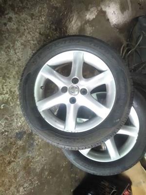 Set of runx 6spoke wheels