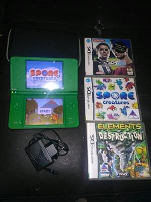 Green Nintendo DSi XL