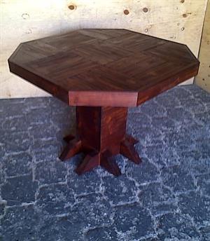 Bar table Farmhouse series 1000 Octangular Stained