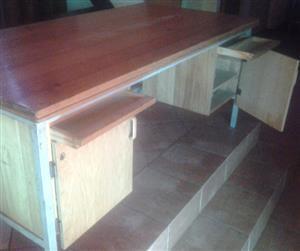 Office Chairs, Hardwood Desk