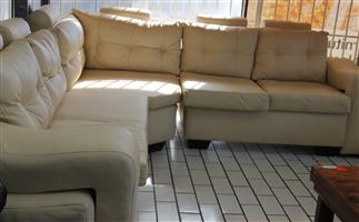 S033741A L shape leatherite lounge suite #Rosettenvillepawnshop