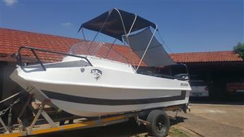 Zulu Cat fishing boat for sale  eMalahleni