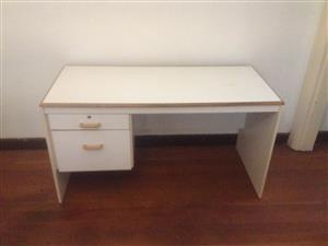 Desk White 4 Office & OR Bedroom Neat & in Good Condition
