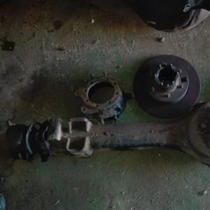 Toyota land cruiser fj75 diff casing with nukkles and hup