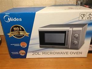 Midea microwave brand new 20L