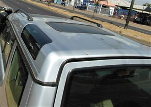 Land Rover Discovery 2 Sunroof for sale | AUTO EZI