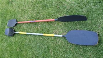 Canoe oars / paddles