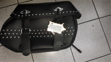 Harley Davidson unused and original saddle bag in leather with metal decorative studs