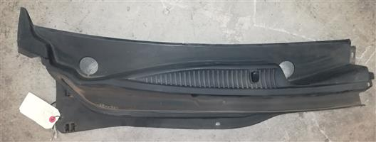 Kia Rio 2006 Wiper Cowlings for SALE!!!