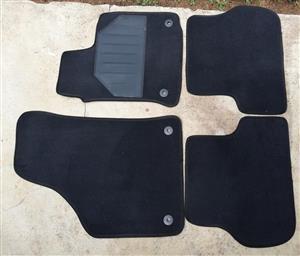 1.6 Golf 6 Car Mats / Car mat set Like new