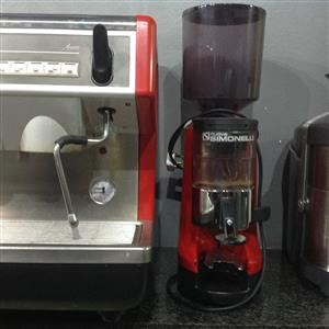 Simonelli Coffee Shop Machine with Coffee Bean Grinder