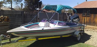 Miami 18ft with neat 130 v4 Evinrude