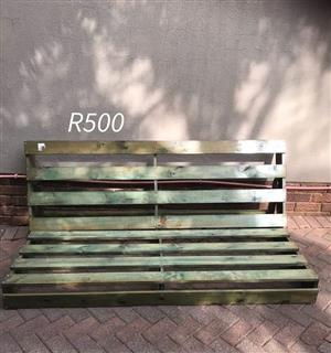 Pellet bench