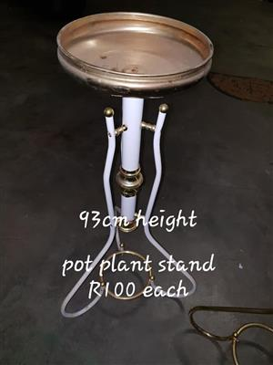 White Pot plant stand for sale