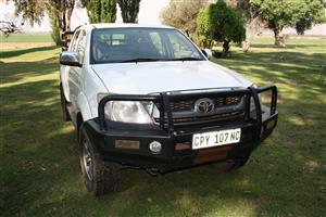 2010 Toyota Hilux V6 4.0 double cab 4x4 Raider automatic
