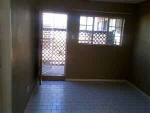 West Turffontein 2bedroomed ground floor apartment to rent for R4000
