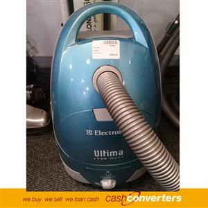204501 Vacuum Cleaner 1700W Electrolux